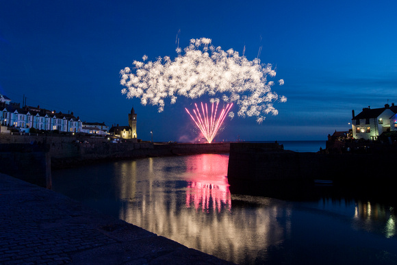 Porthleven Fire works